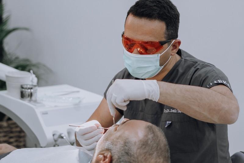 Dr. Dt. Semih Taşveren