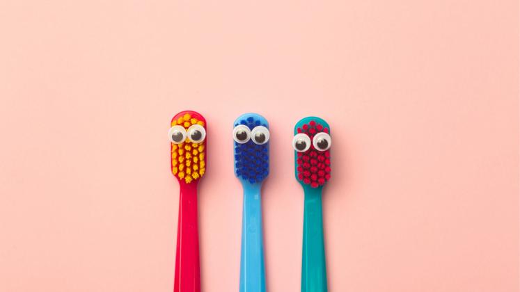 Doğru diş fırçasını seçmek için bilmeniz gerekenler